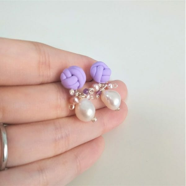 Petite Purple Knots and Pearl Cluster Stud Earrings, Handmade Polymer Clay Knit Ear Stud with Pearls and Amethyst - JustArtisan - GemibabyCrafts -