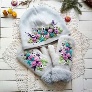 """Embroidered Beanie hat and mittens """"Pearl Heaven"""". Knit hat with embroidery. Embroidery hat for women's. Botanical embroidery. - JustArtisan - SiberianLadyArt - Handmade"""